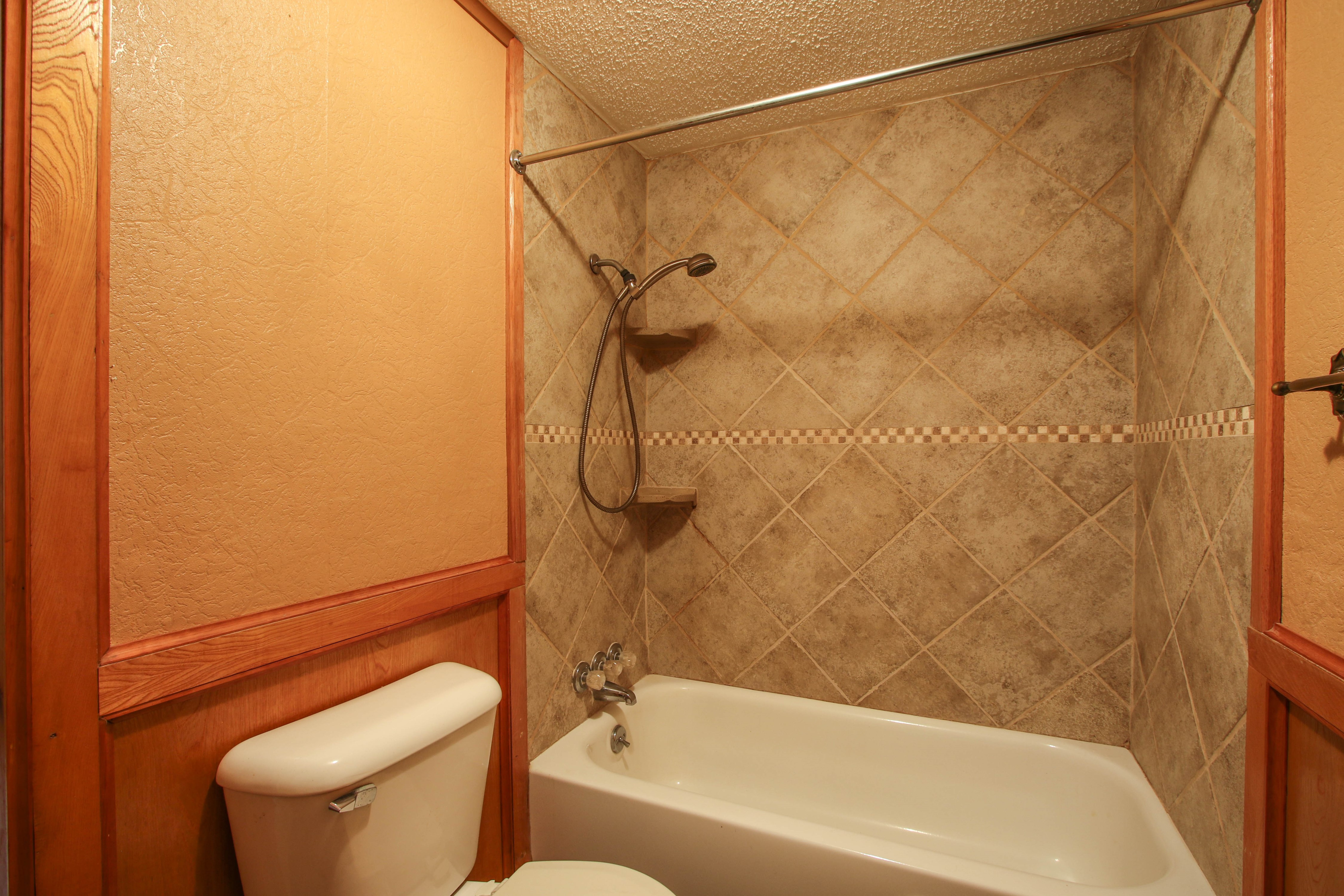 21766 Coffee Hollow Road Property Photo 23