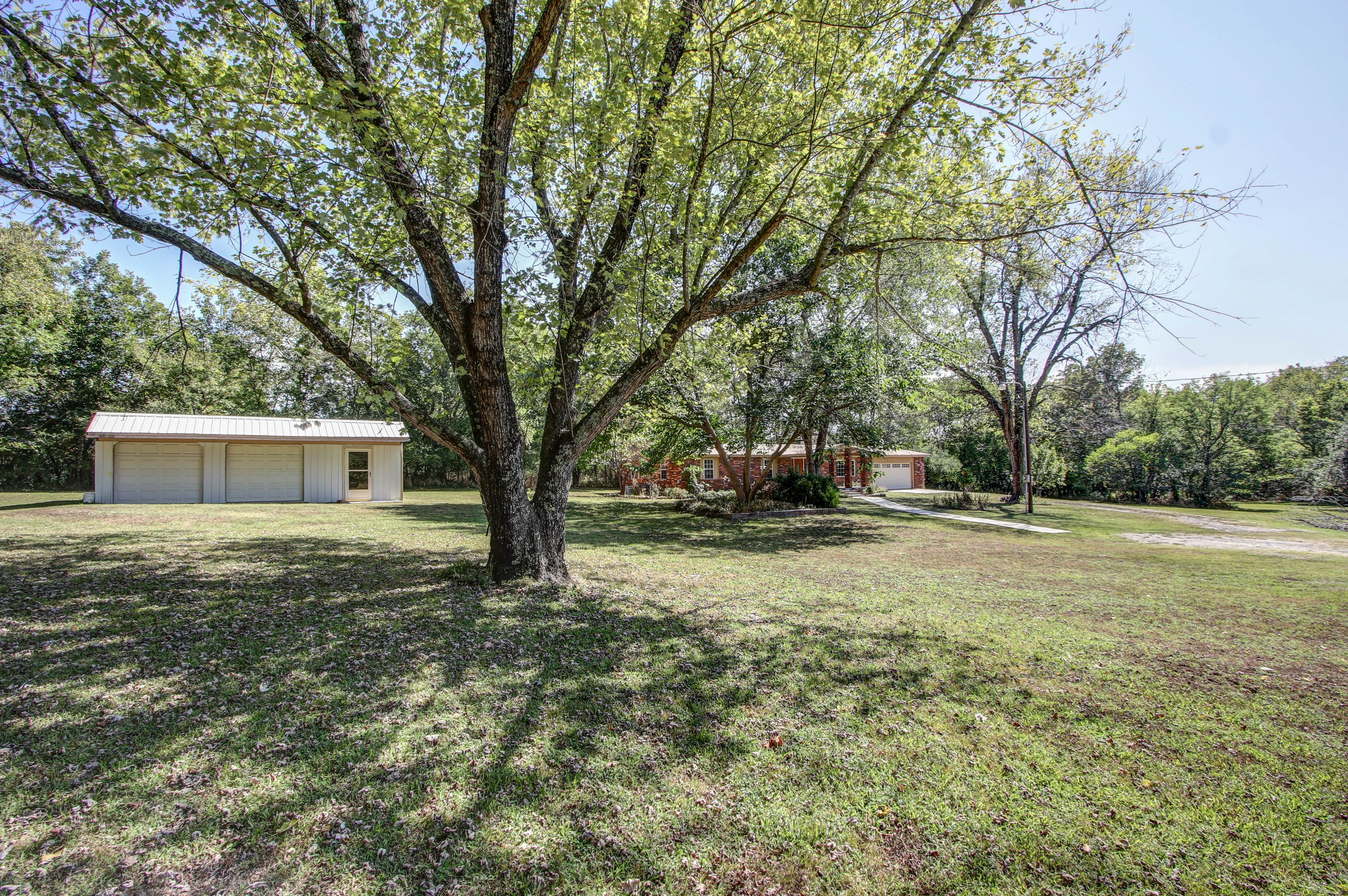 21766 Coffee Hollow Road Property Photo 33