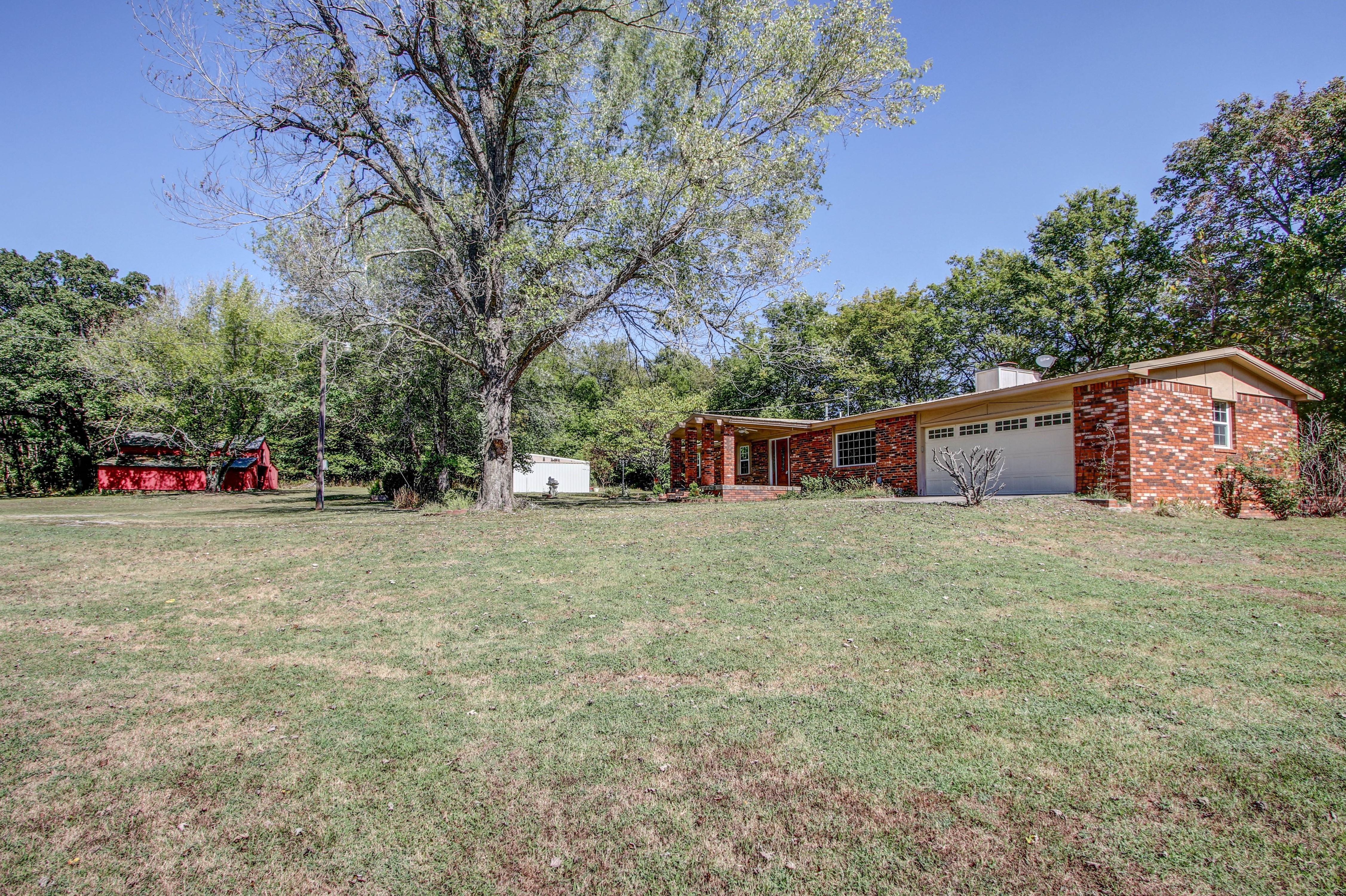21766 Coffee Hollow Road Property Photo 34