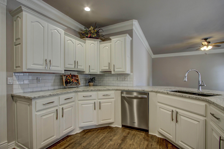 609 S Oak Avenue Property Photo 10