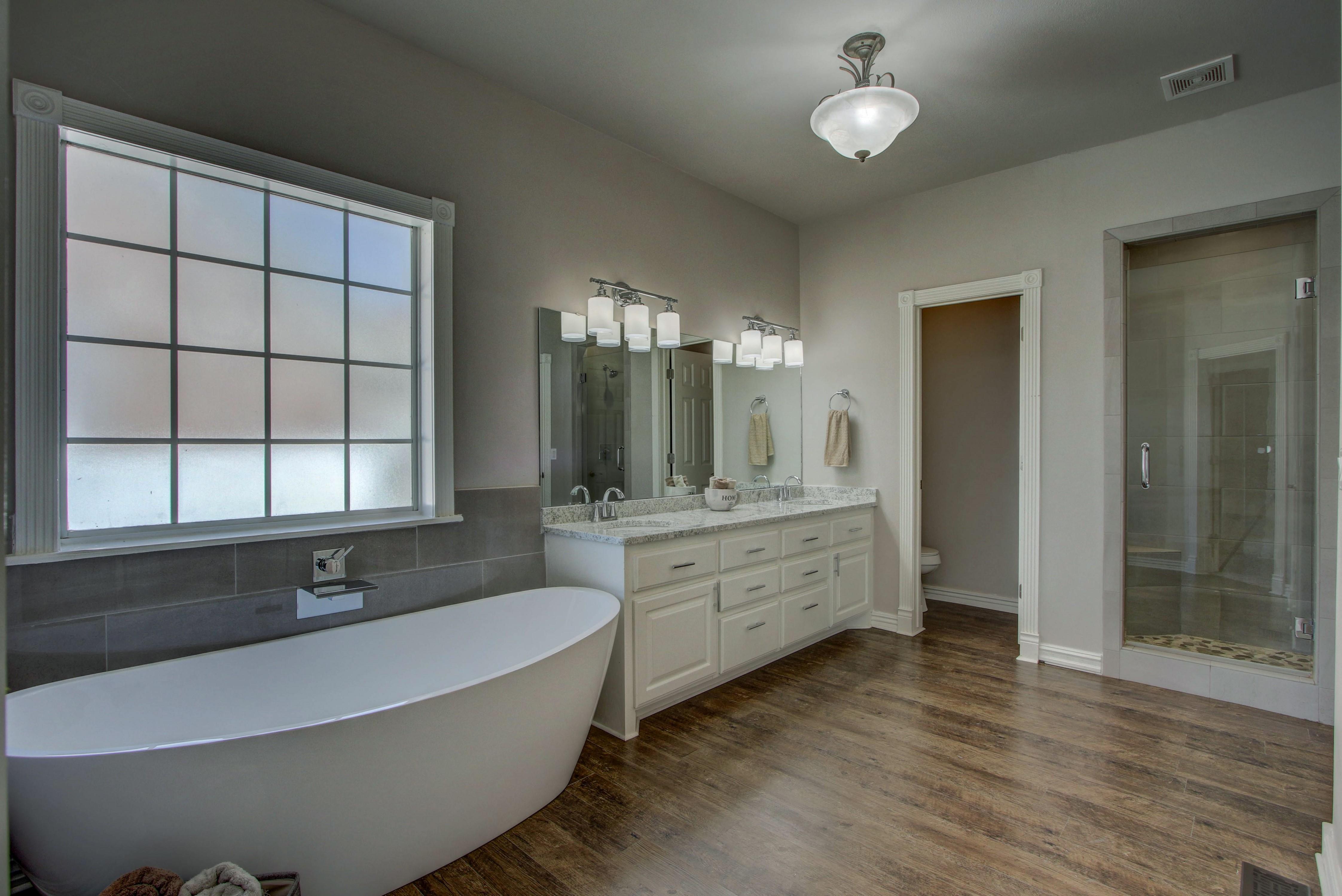 609 S Oak Avenue Property Photo 21