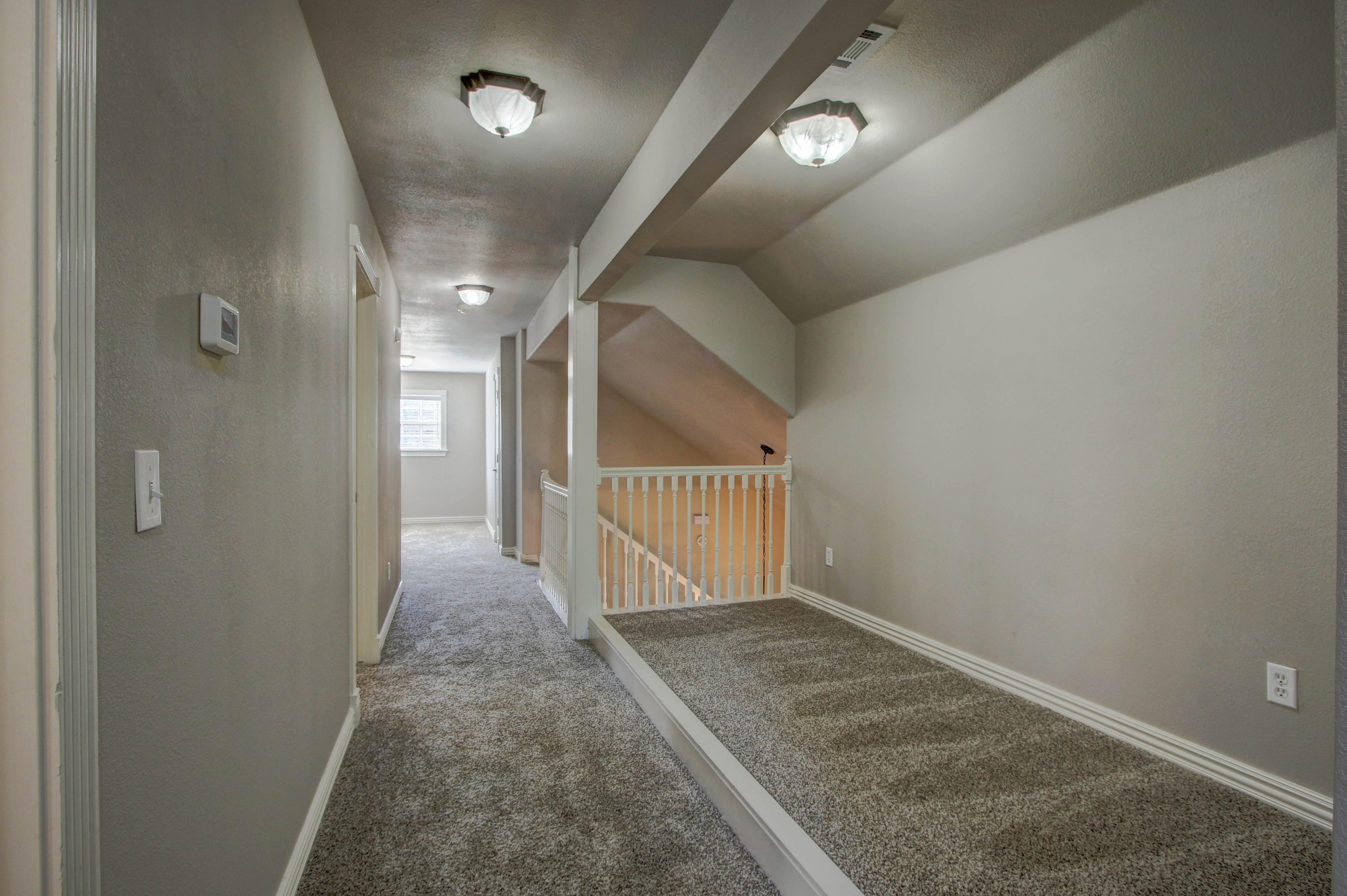609 S Oak Avenue Property Photo 29