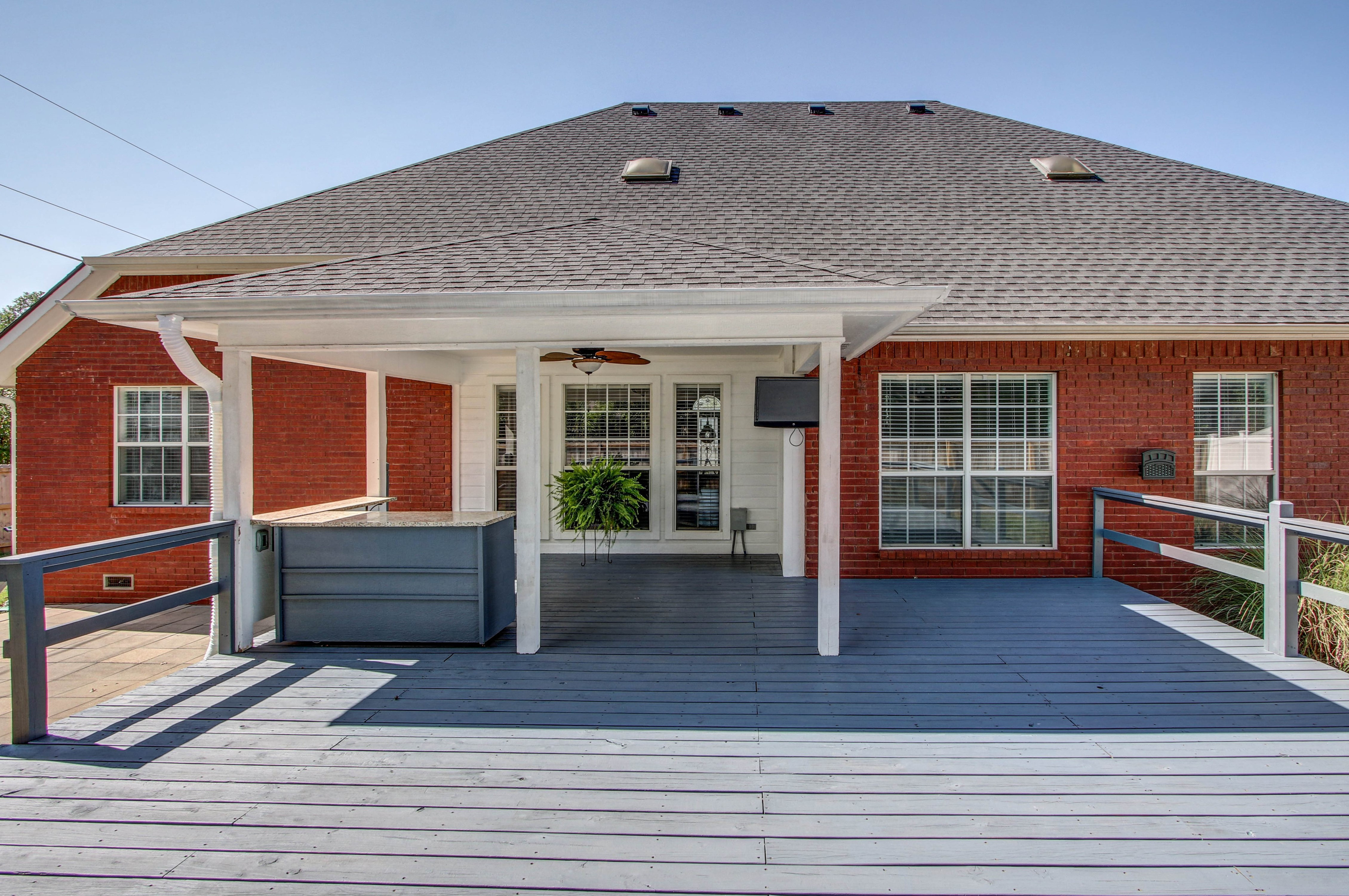 609 S Oak Avenue Property Photo 34