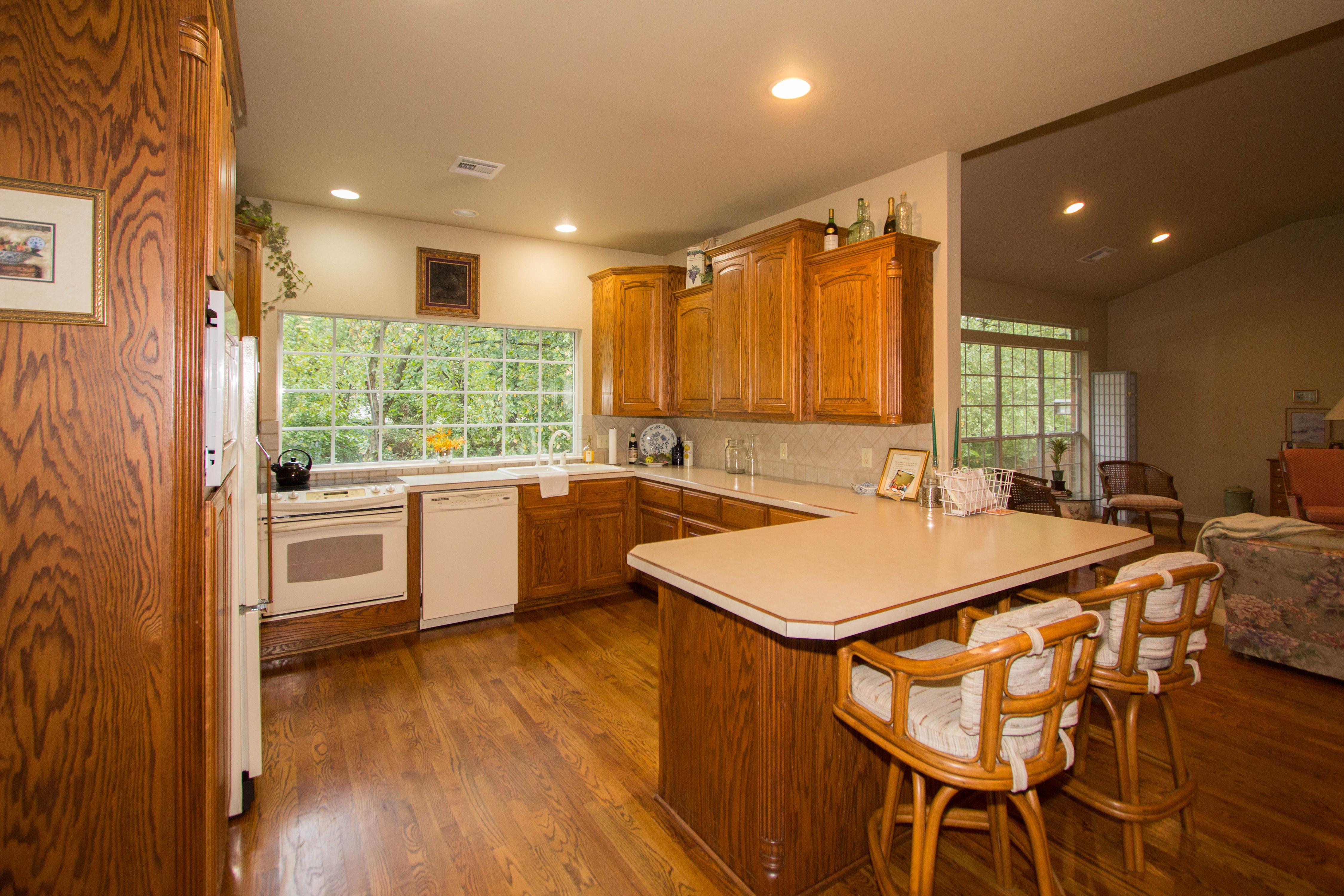 420 Fox Wood Drive Property Photo 11