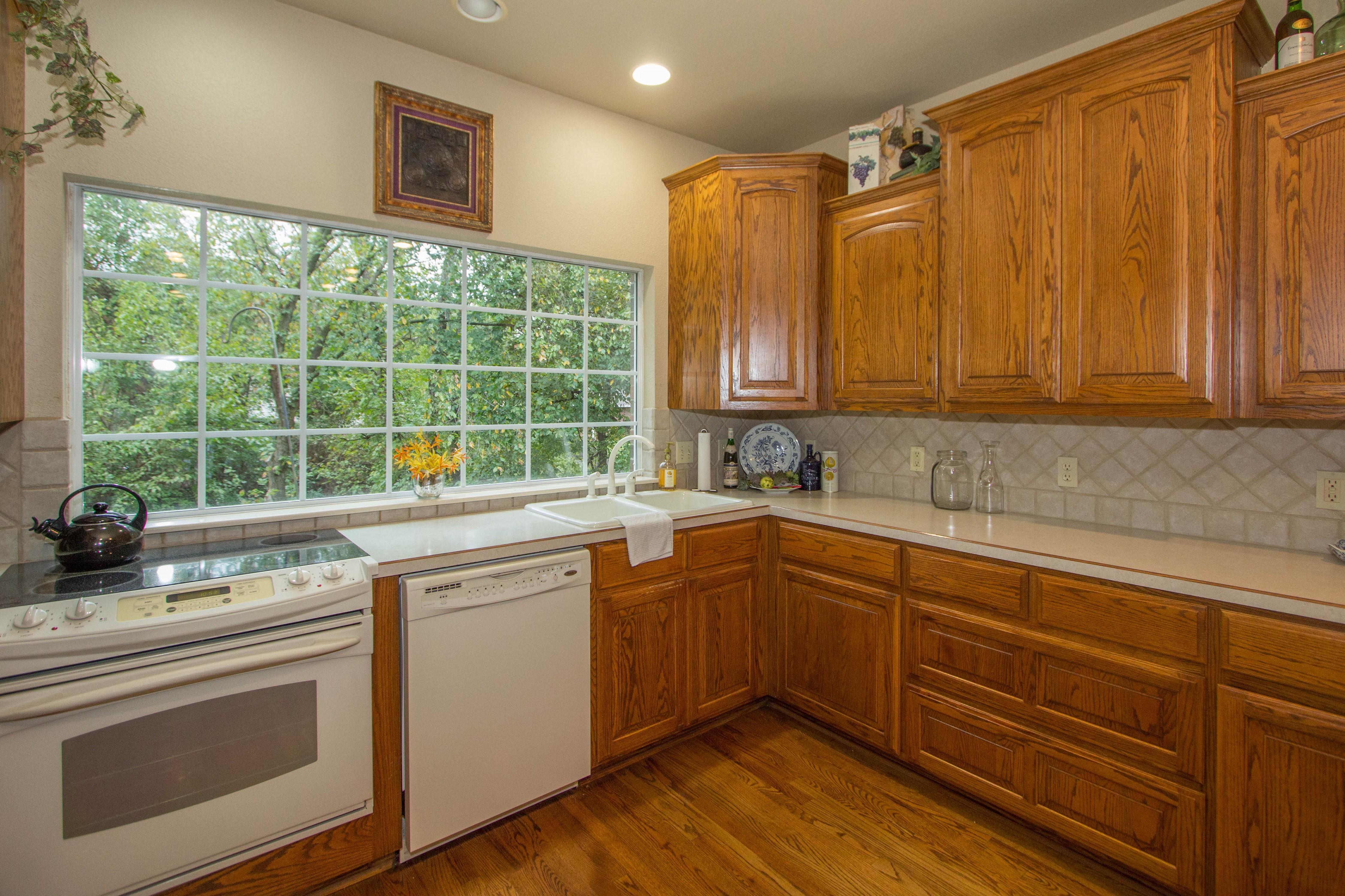 420 Fox Wood Drive Property Photo 13